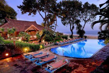 Keral Deluxe suite con piscina al Somatheeram Ayurveda Village, Kerala