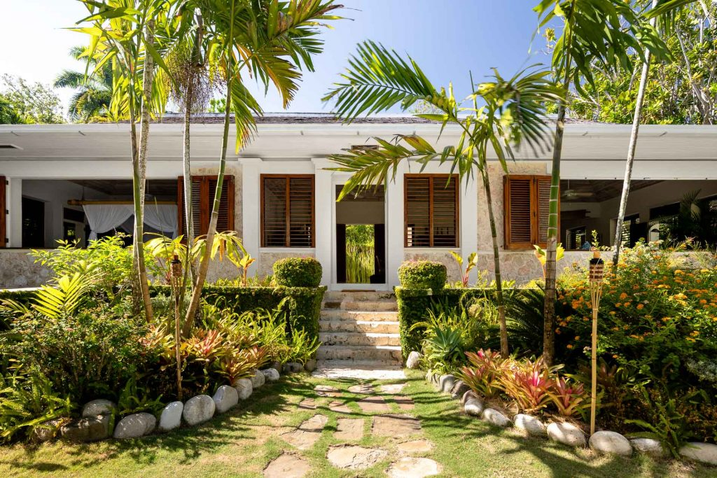 Villa Fleming Airbnb Luxe