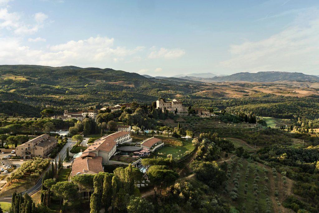 Borgo Castelfalfi - vista aerea