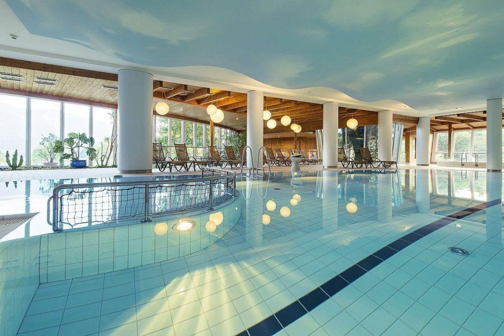 Piscina interna per bambini hotel Karnerhof Austria - THALASSO & SPA La rivista del benessere