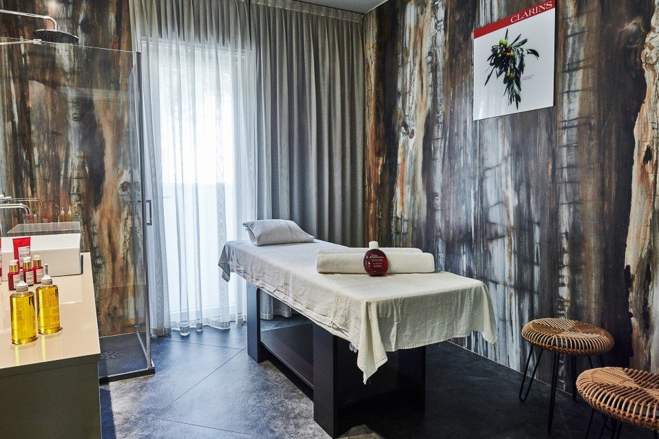 Sala trattamenti benessere nella Private SPA by Clarins dell'hotel MarePineta a Milano Marittima