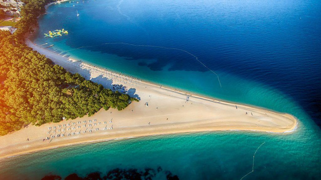 Baia Zlatni rat, Bol | Isola di Brač, Croazia